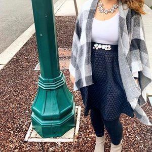 🖐🏼 5 for $25 Black bubble skirt from Elle sz 12